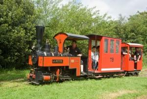 "La locomotive vapeur ""la petite"""